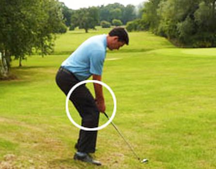 ゴルフ前下がり(つま先下がり)の打ち方